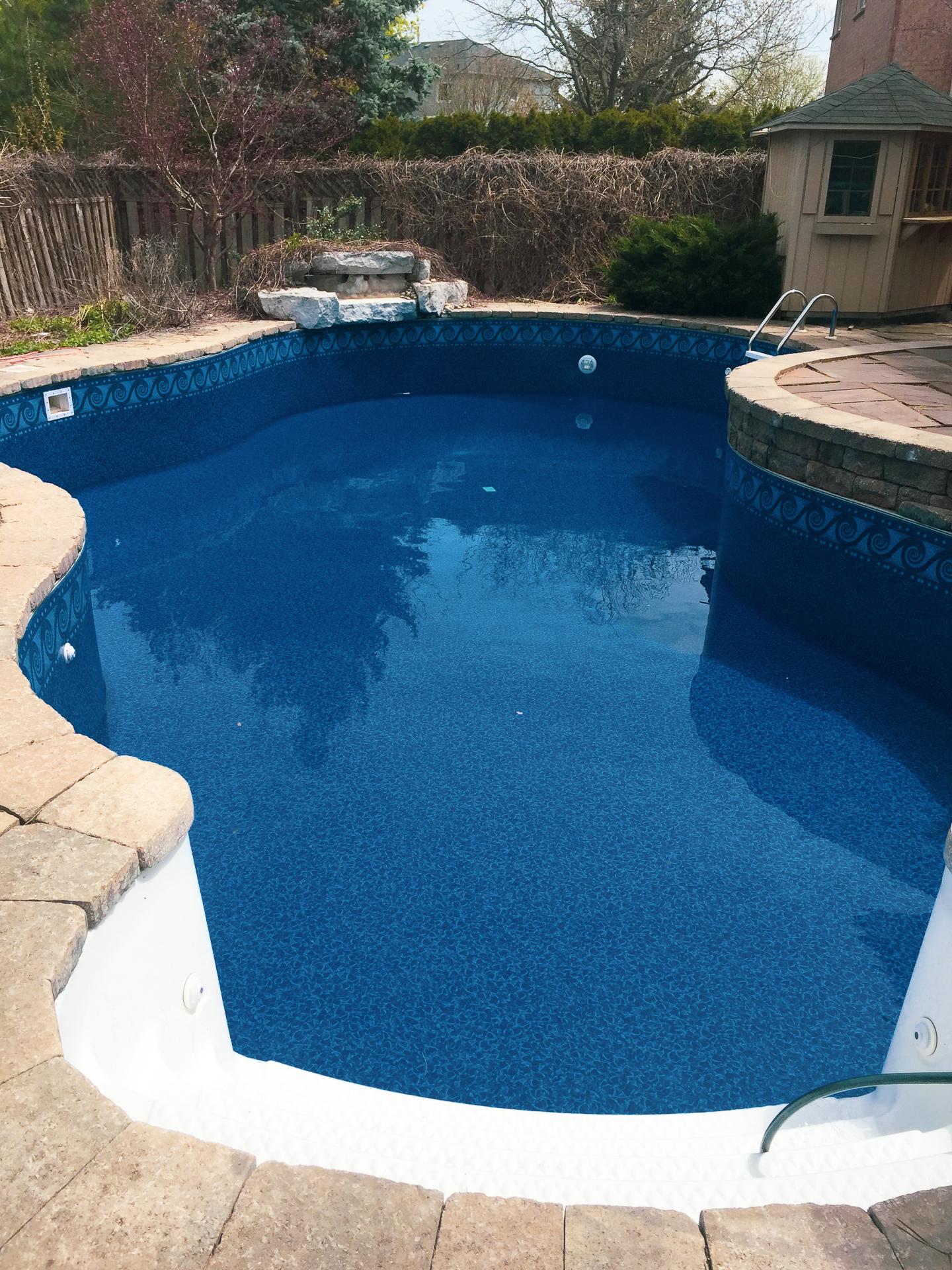 Pool Liner Installation Services Company in Oakville Burlington Milton Mississauga